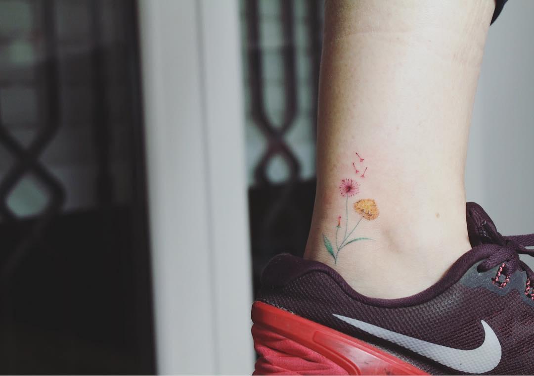 tatuaż na kostce