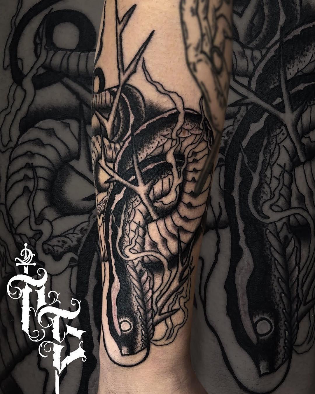 fca39cbc2a Stoneheads Tattoo   Body Piercing Wrocław - eTatuator.pl