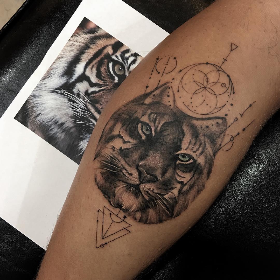 tatuaż tygrysa