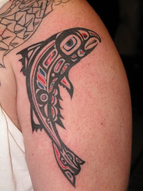 Tatuaż Haida przedstawiający rybę