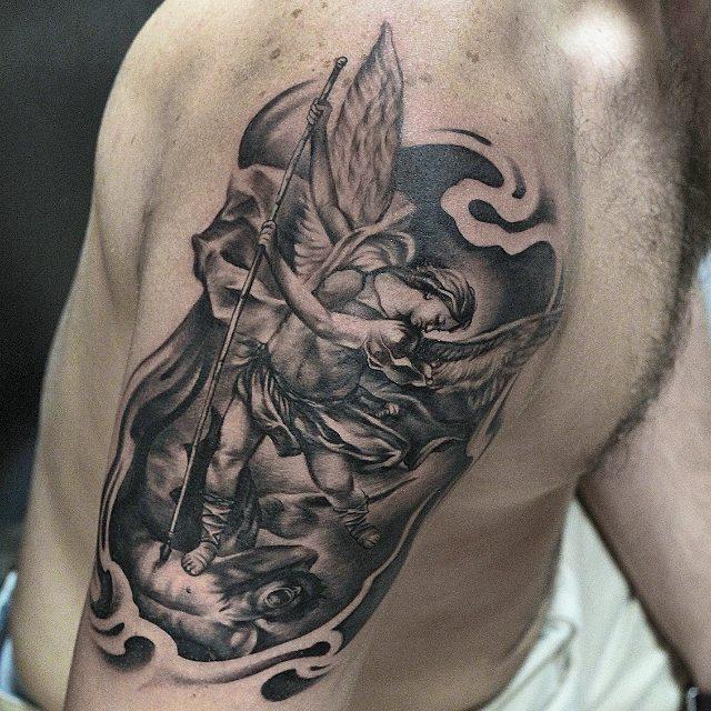 Tatuaże Anioły 26 Niezwykłych Wzorów Etatuatorpl