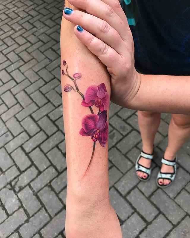 a4fab47ec6f105 Tatuaże dla kobiet - 54 delikatne i urocze wzory - eTatuator.pl