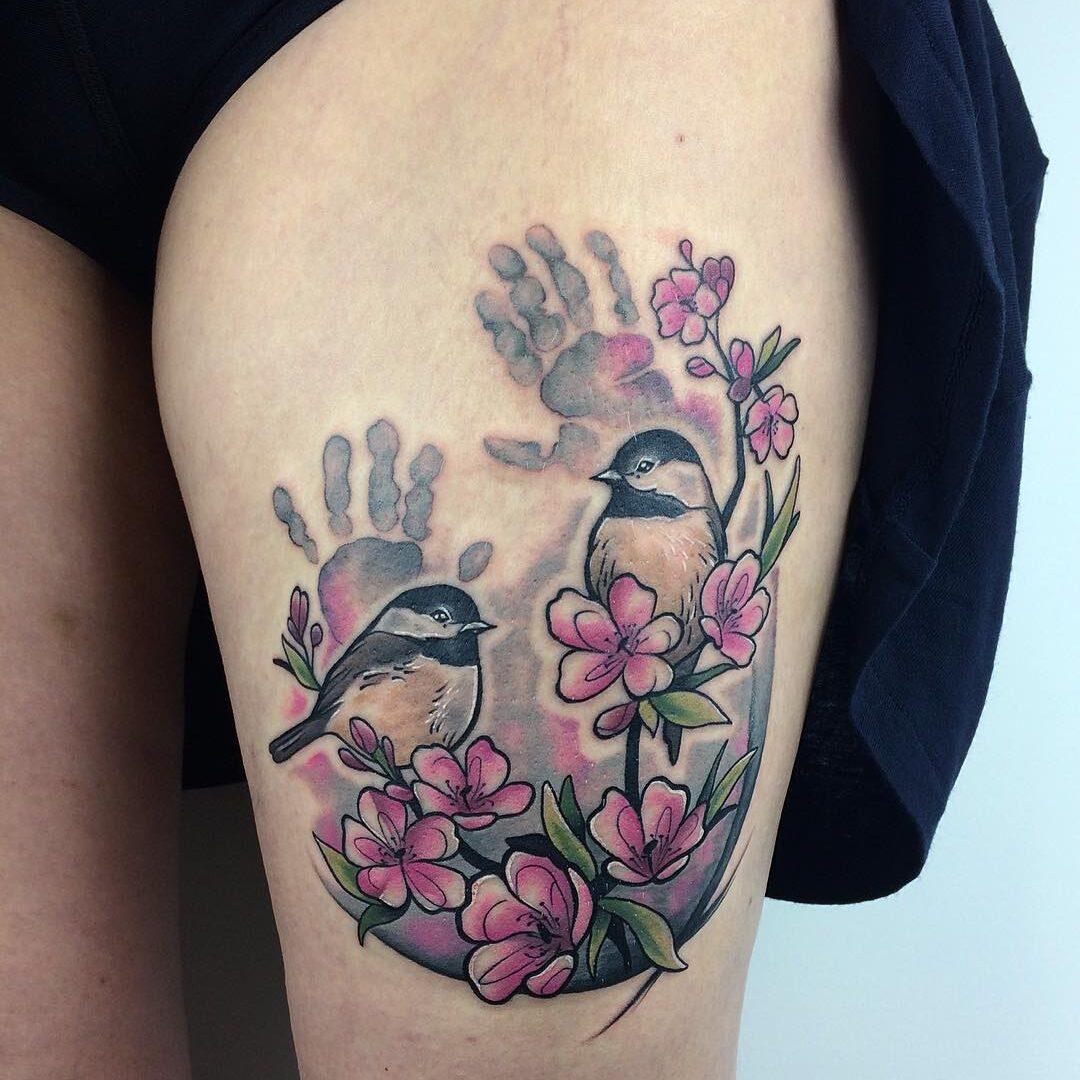 Sakura i ptaki - tatuaż