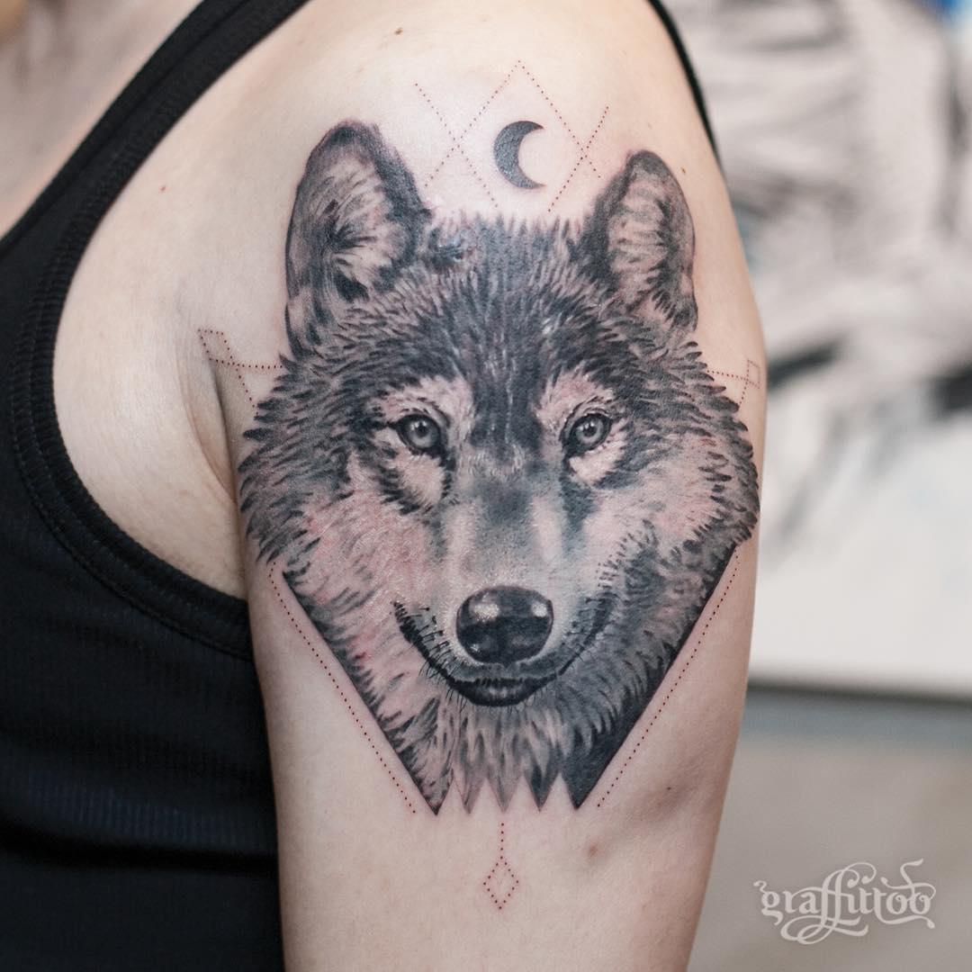 Tatuaże Z Wilkiem 17 Imponujących Projektów Etatuatorpl