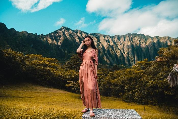 Polinezja - krajobraz i kobieta