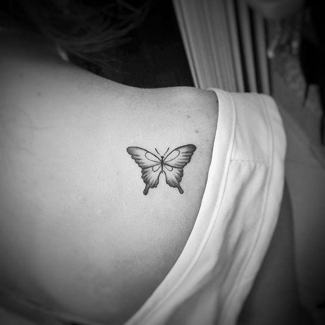 Tatuaż Motyl Galeria 30 Pomysłów Na Wzór Etatuatorpl