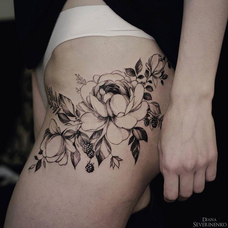 Tatuaż Na Biodrze 35 Budzących Podziw Wzorów Etatuatorpl