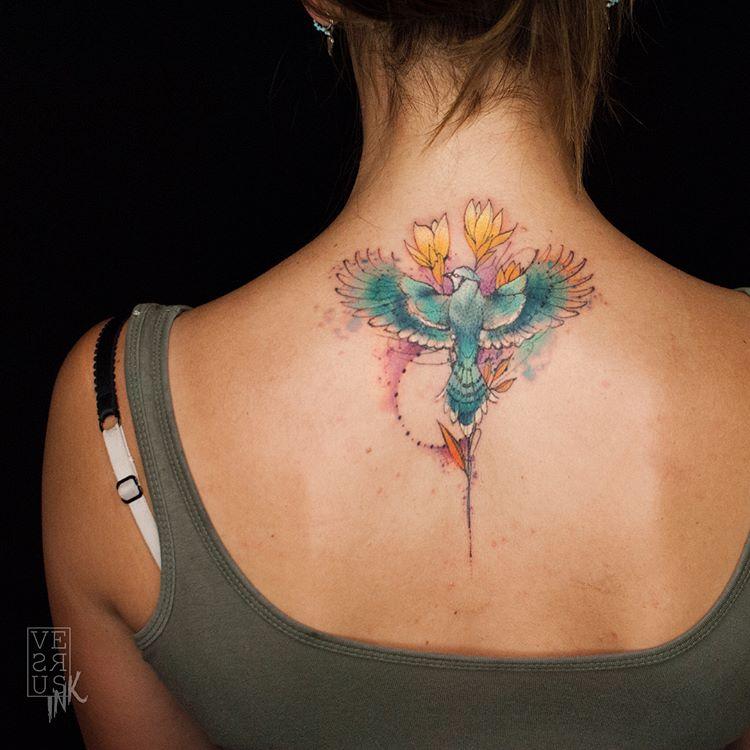 tatuaż na karku
