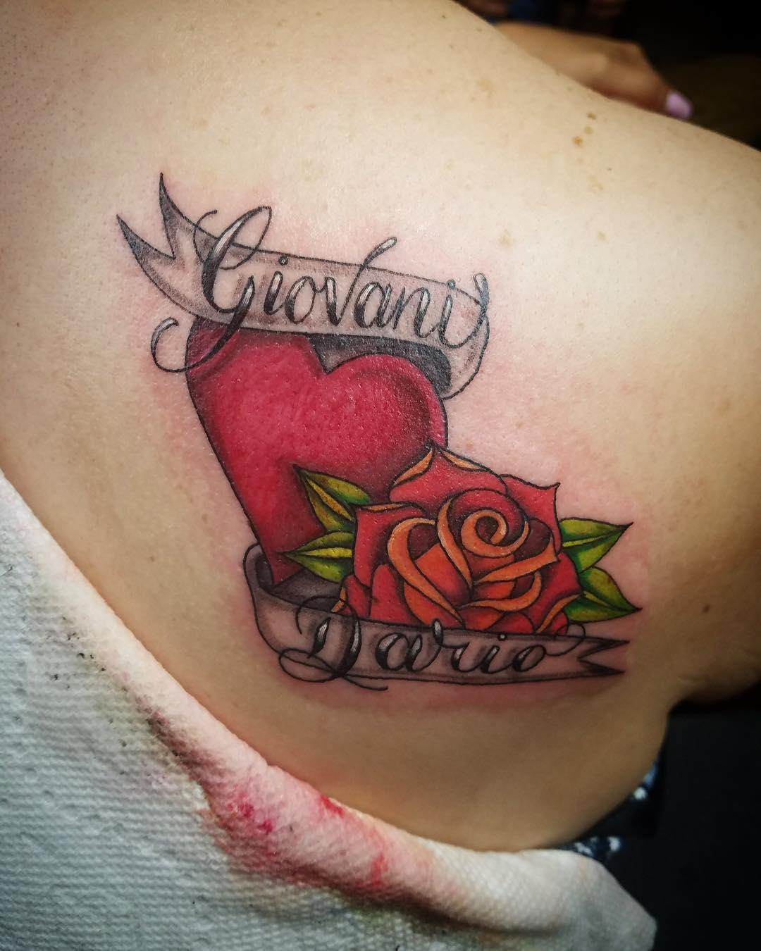 Serce W Dloniach Tatuaz Q Housepl