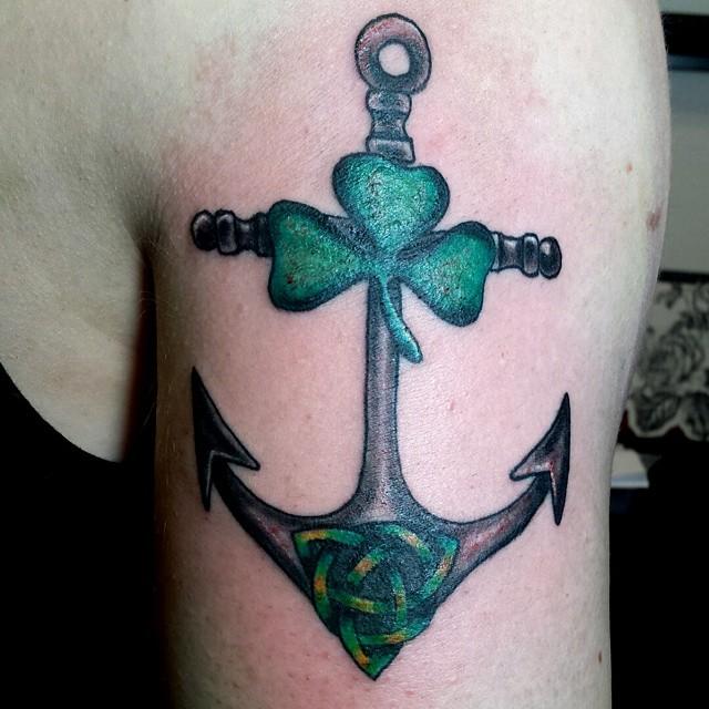 Celtycka kotwica - tatuaż