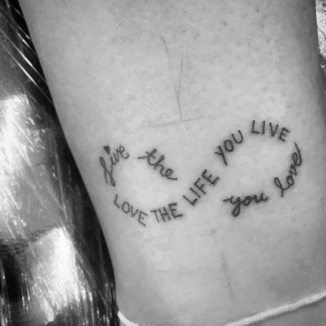 Symbolika Znaku Nieskończoności W Sztuce Tatuażu Etatuatorpl